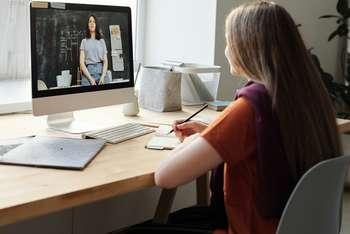 FuturED startup edutech - Foto di Julia M Cameron da Pexels