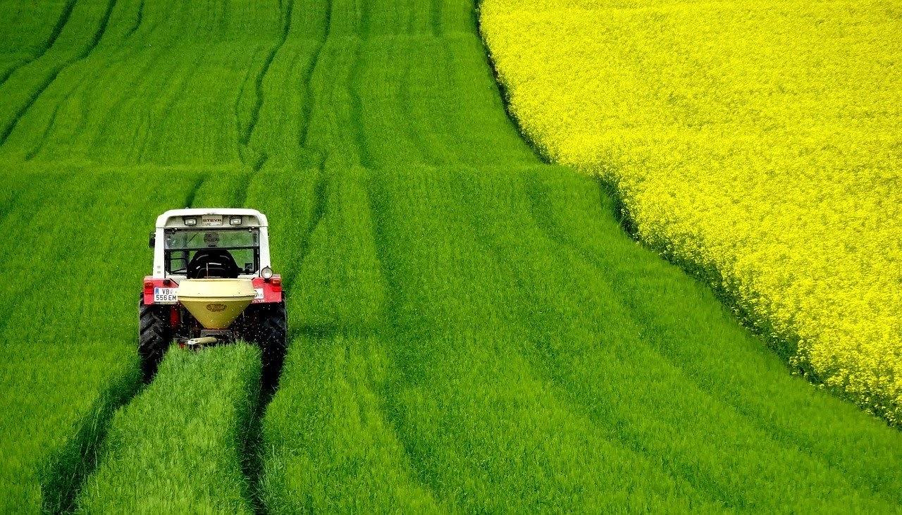 Agricoltura contributi macchinari