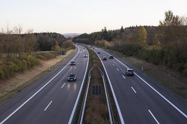 Infrastrutture stradali - Photo credit: Foto di Qube's Pictures da Pixabay
